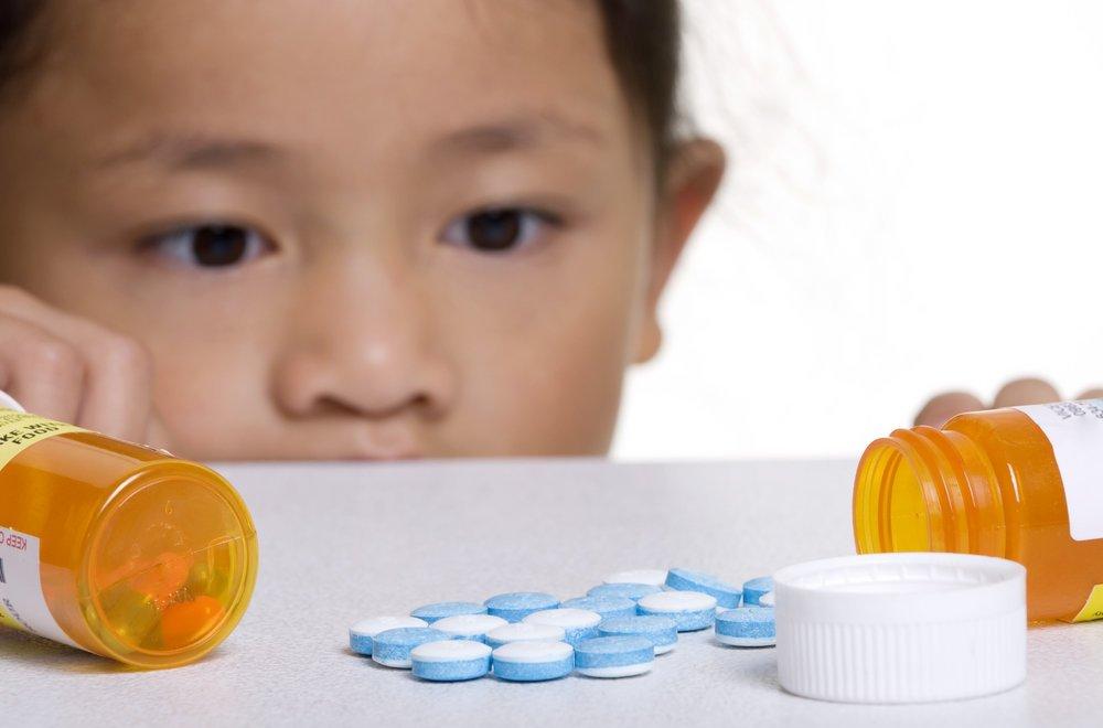 Studiu: Copiii expuși la medicamente antiepileptice au rezultate mai slabe la testele școlare