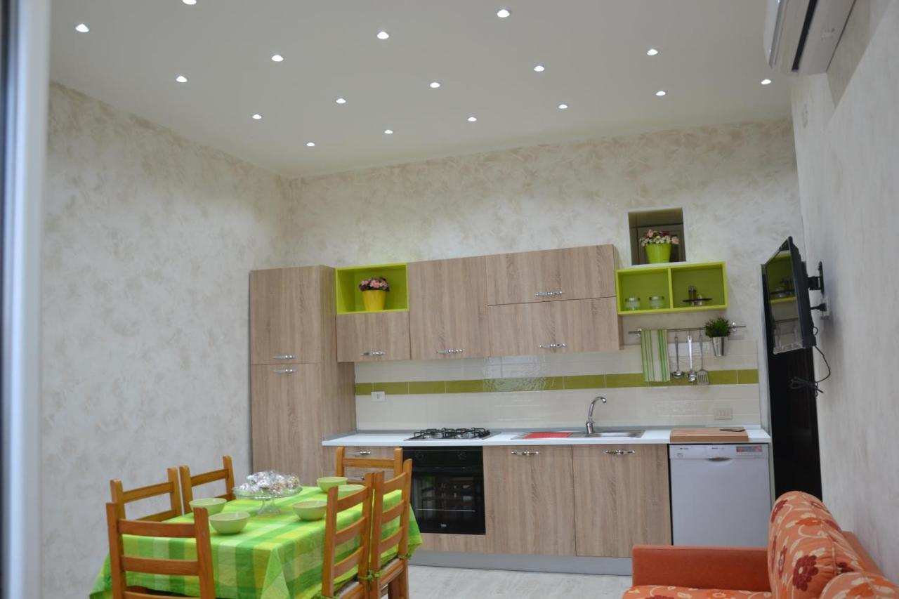 apartamente de vacanță giardini naxos