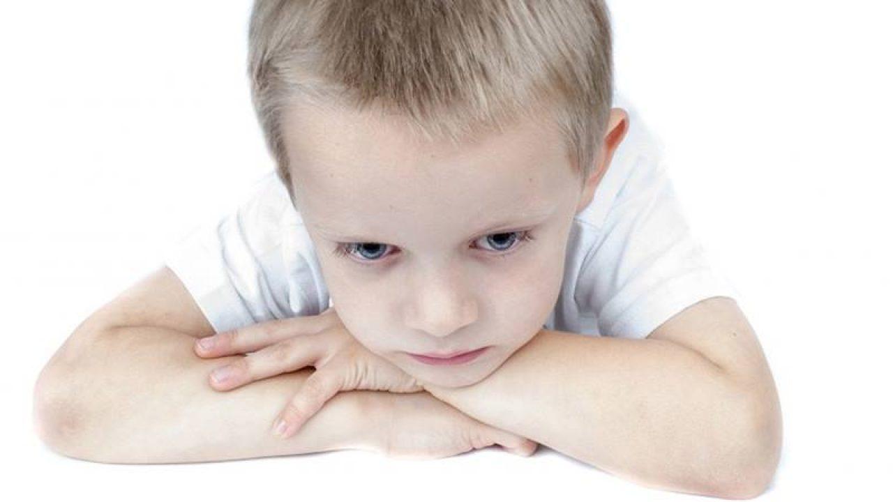 Limbricii la copii: cauze, simpome şi tratament